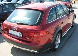Автомобиль Audi A4 Allroad