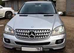 Автомобиль Mercedes-Benz ML