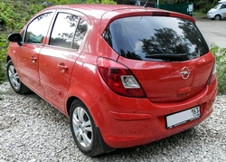 Автомобиль Opel Corsa
